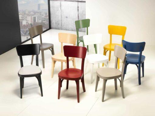 Stuhl BISTROLINO - Bistrostuhl aus massiver Buche. Der Stuhl ist in der Basisausführung in folgenden Farben erhältlich: Natur, Weiss oder Schwarz