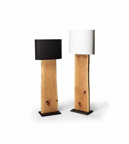 Stehleuchte Alp - schöne Alpenchic Stehlampe mit entrindeter Baumkante in massiver Sumpfeiche oder amerikanischem Nussbaum