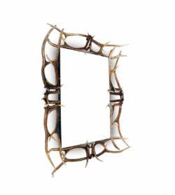 Wandspiegel Hirsch, grosser Spiegel mit einem Rahmen aus Hirschgeweih