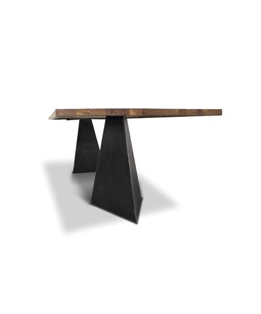 Industrial Stil Esstisch Pharao - Holztisch aus Wildeiche und Stahl Detailansicht Tischfuss