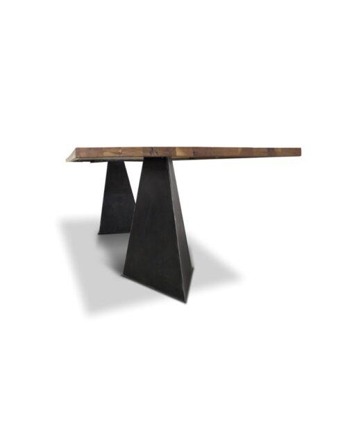 Industrial Stil Esstisch Pharao - Massivholztisch aus Wildeiche und Stahl Detailansicht Tischfuss